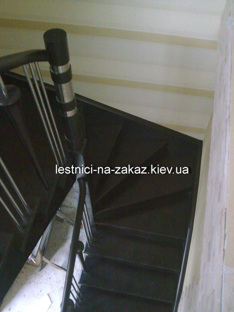варианты забежной лестницы из дерева