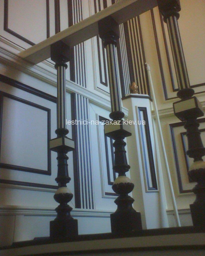 Как и чем можно покрасить деревянную лестницу в доме