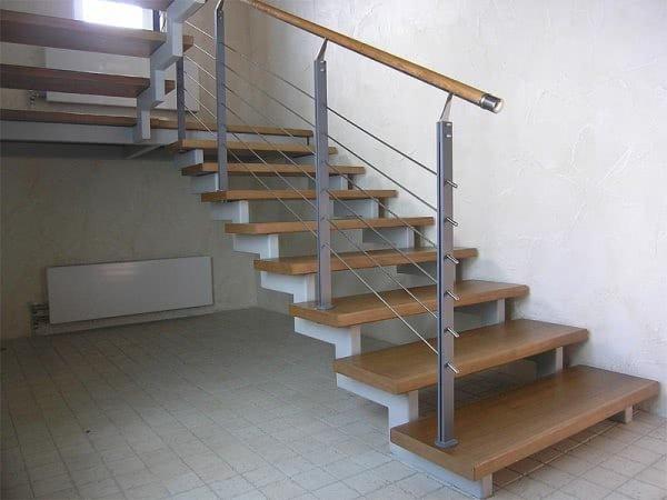 лестница открытая с подвесными ступенями Киев