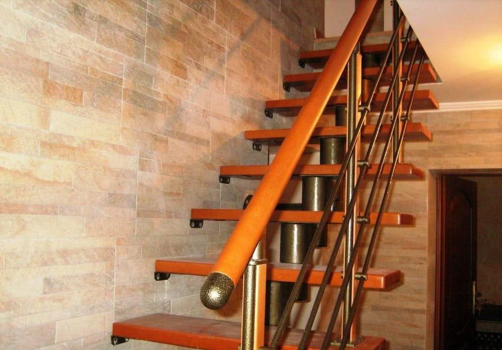 изготовление комбинированной лестницы цены