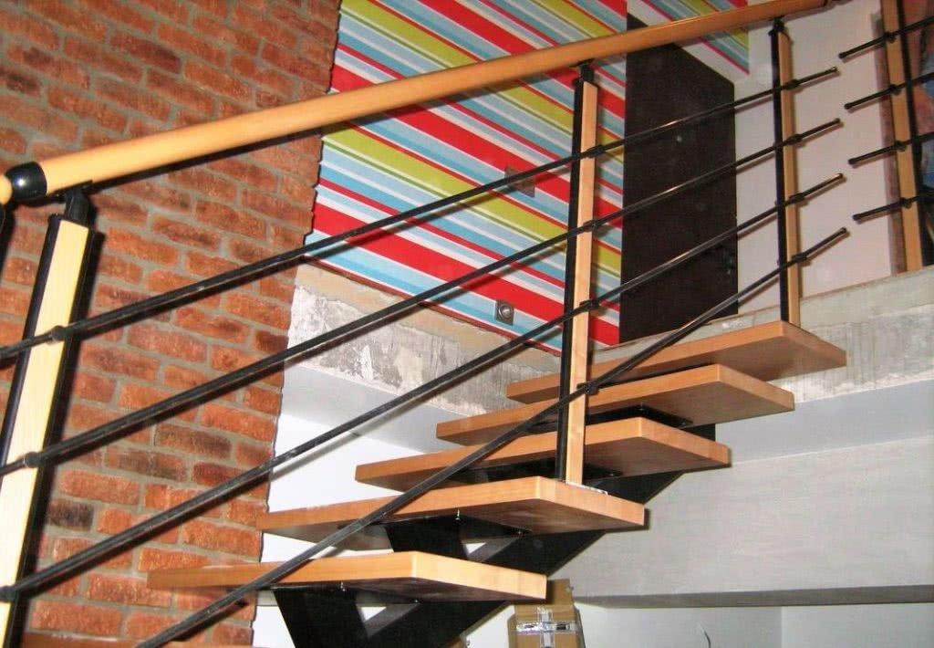 металлическая лестница с материала заказчика цена за работу