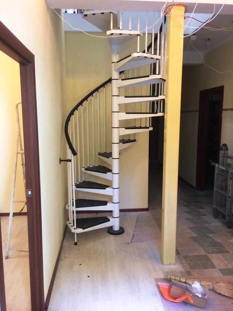 фотографии подвесных лестниц на заказ