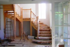 как делают каркасную лестницу