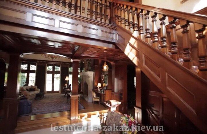 деревянныая лестница под заказ