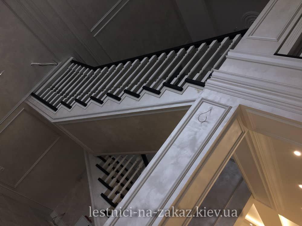 стоимость  Комбинированные лестницы из дерева и металла
