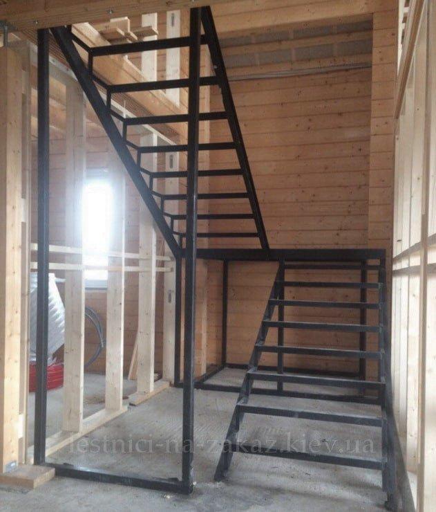 каркасные наружные металлические лестницы