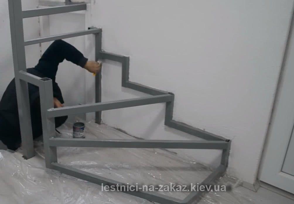 процесс изготовления металлической лестницы