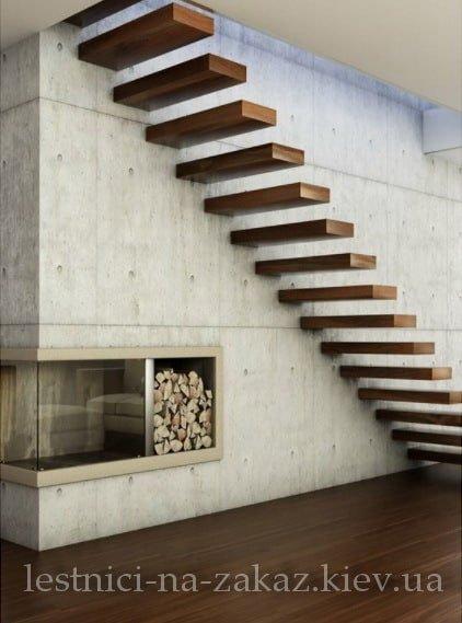висячие ступеньки лестницы