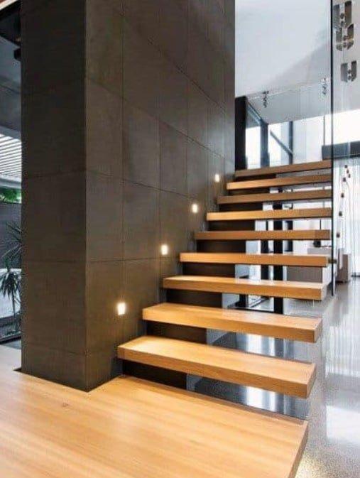 дизайн идени лестниц из дерева в офис