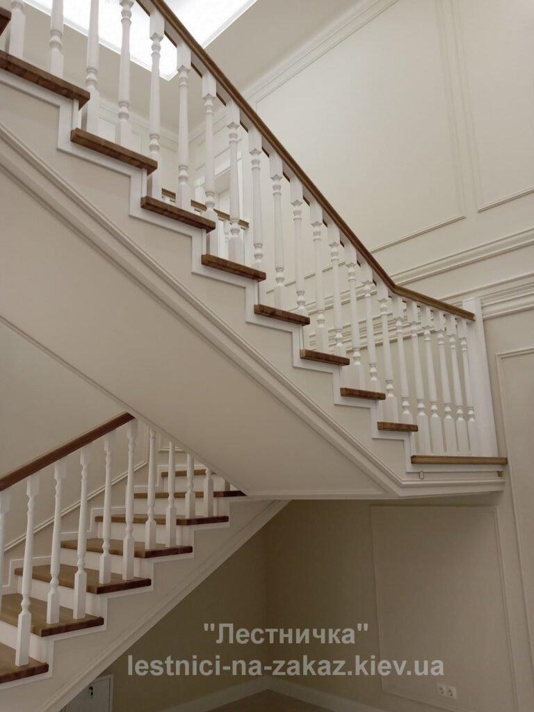 двухмаршевая  комбинированную лестница на заказ