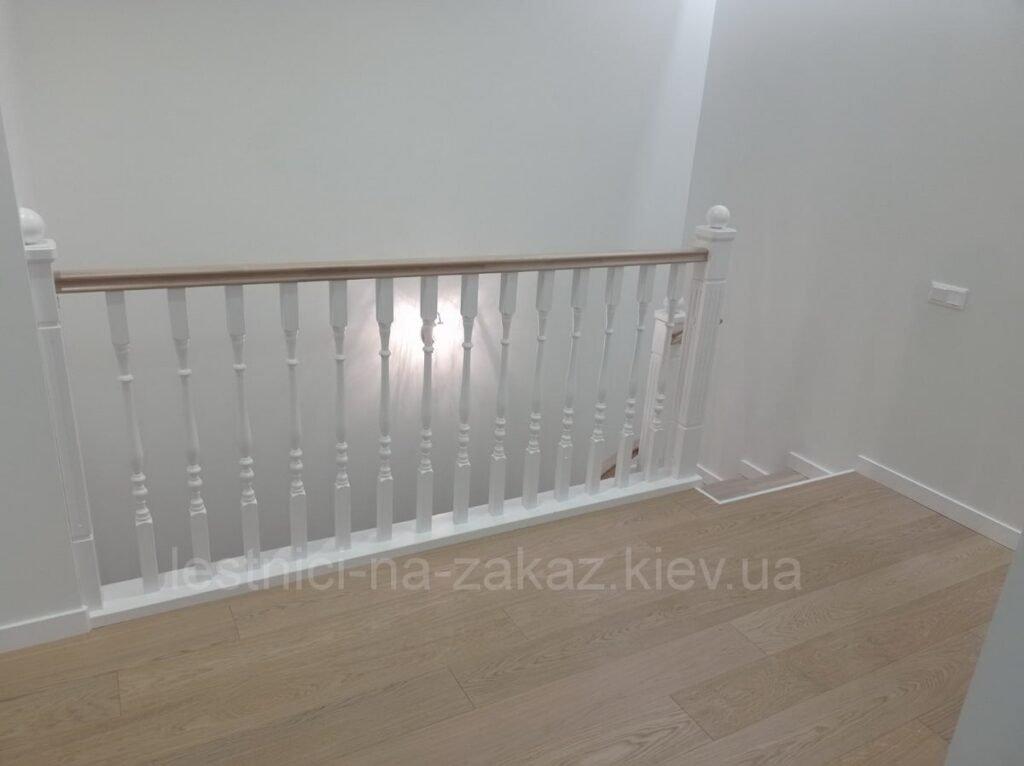 лестница двухуровневую квартиру на заказ под заказ